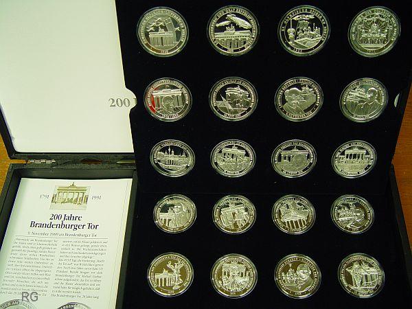 Briefmarken Münzen Am Dom Medaillen Serie Zum Brandenburger