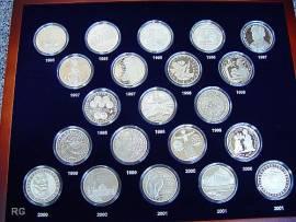 Komplette Serie 10 DM 1972 - 2001 BDR verkapselt in Münzkassette (PP) - Bild vergrößern
